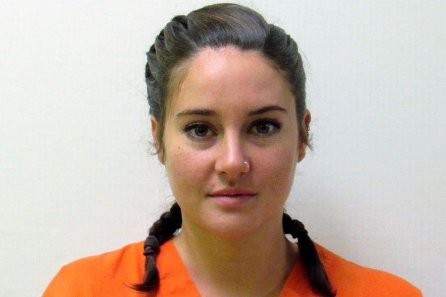 Shailene Woodley a été arrêtée en 2016alors qu'elle manifestait contre la construction d'un oléoducdans le Dakota du Nordau beau milieu d'une des plus grandes réserves indiennes encore intacte. Elle a été libérée le lendemain de sa mise en garde à vuepour violation de propriété privée. La star de«Divergente» avait filmé toute son arrestation et l'avait diffusée en live sur Facebook.