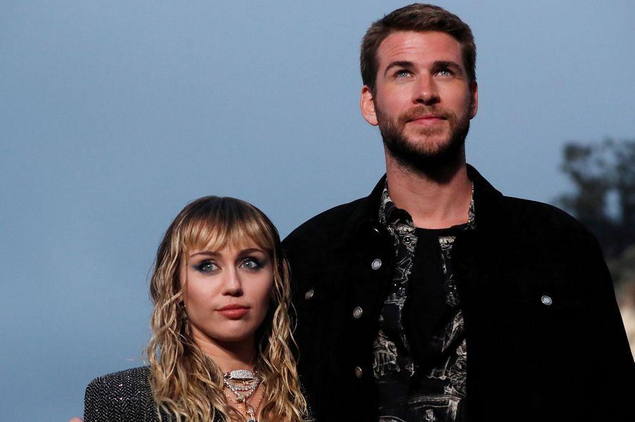 Séparé en août 2019 après huit mois de mariage, Miley Cyrus et Liam Hemsworth n'ont pas mis longtemps avant de négocier les détails de leur divorce, qui sera officiellement prononcé en février 2020.