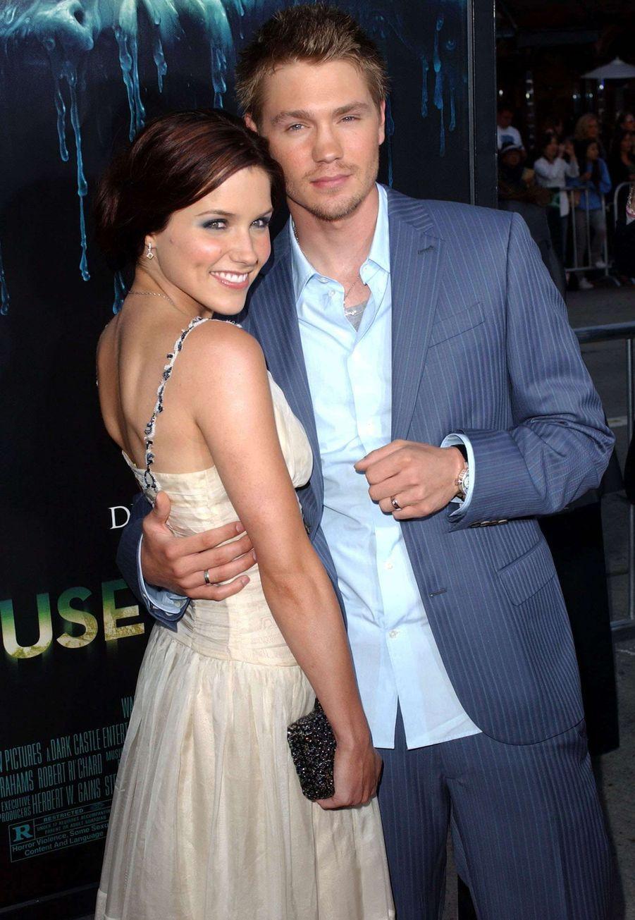 Sophia Bush et Chad Michael Murray, star des «Frères Scott»,ont été en couple à la ville comme à l'écran. Leur mariage qui a eu lieu en 2005 a duré seulement cinq mois.