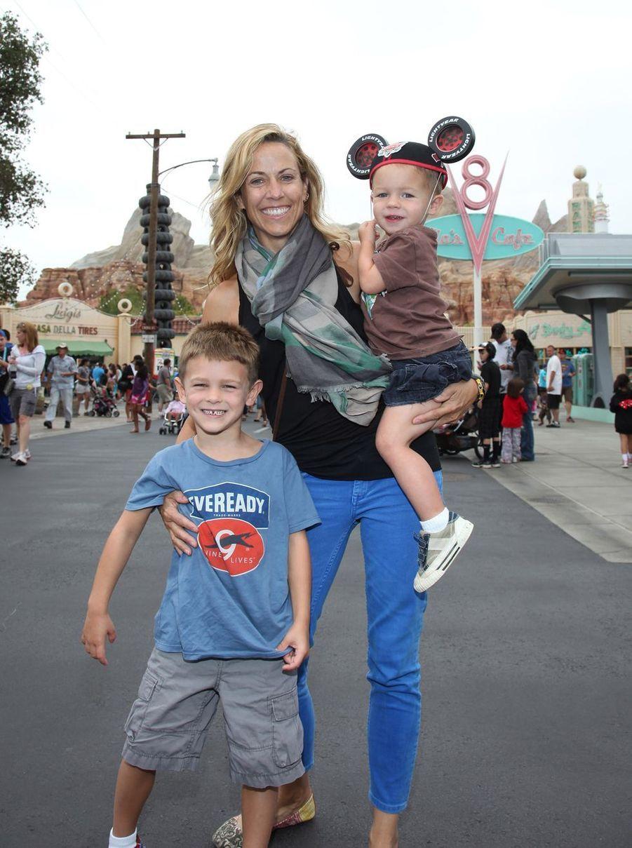 Sheryl Crow a adopté deux enfants : Wyatt (en 2007) et Levi (en 2010).