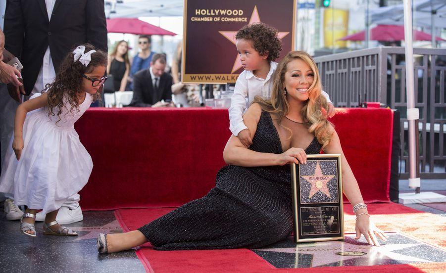 Mariah Carey a donné naissance aux jumeaux Moroccan Scott et Monroe Cannon à 41 ans.