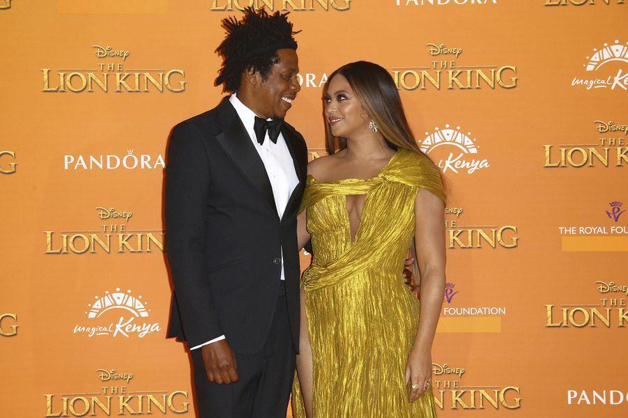 Beyoncé et Jay-Z ont célébré leur unionen avril 2008 dans un penthouse de New York, avec une cérémonie très intime. Ils n'ont révélé les premières images de leur mariage qu'en 2015sur Instagram.