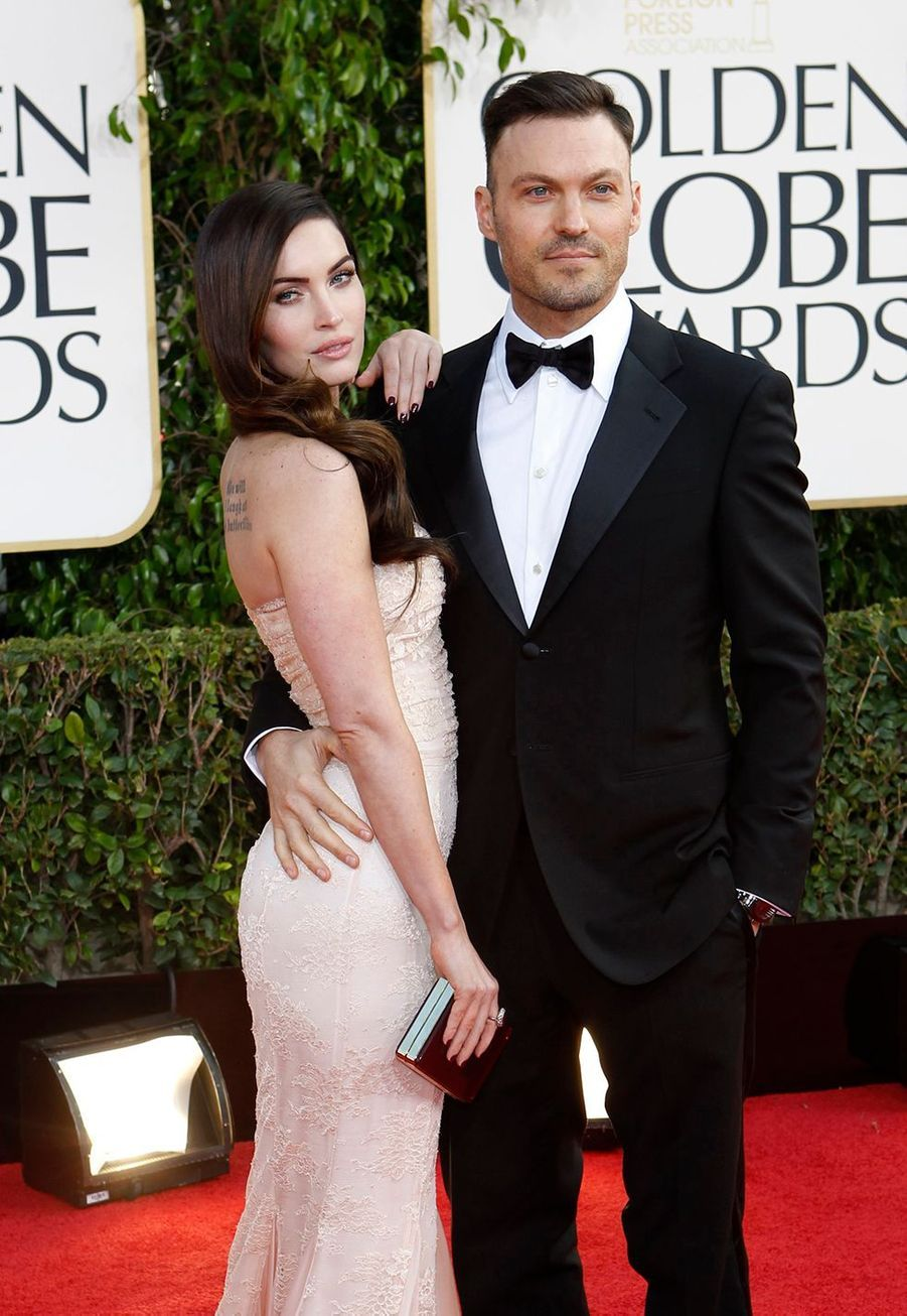 Megan Fox et Brian Austin Green se sont mariés en secret en juin 2010, après s'être fiancés deux fois. Pour assurer la discrétion de l'évènement, ils ont choisi de s'unir sur une plage d'Hawaï devant le fils de 8 ans de l'acteur seulement.