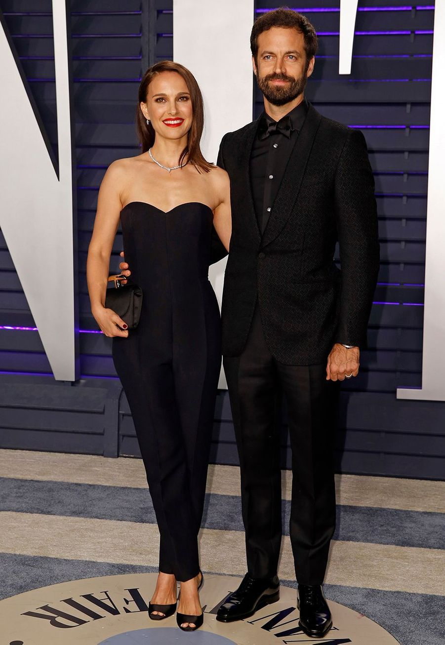 Natalie Portman et Benjamin Millepied se sont mariés enaoût 2012 sur la côte de la ville de Big Sur en Californie, devant une soixantaine d'invités. Ils ontéchangéleurs voeux après une cérémonie religieuse juive intime.