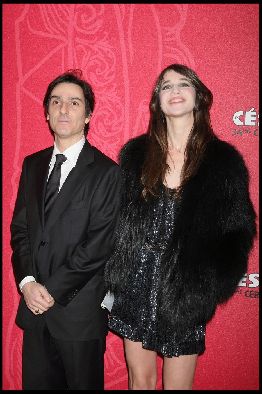 Yvan Attal et Charlotte Gainsbourglors de la 34e cérémonie des César à Paris, le 27 février 2009