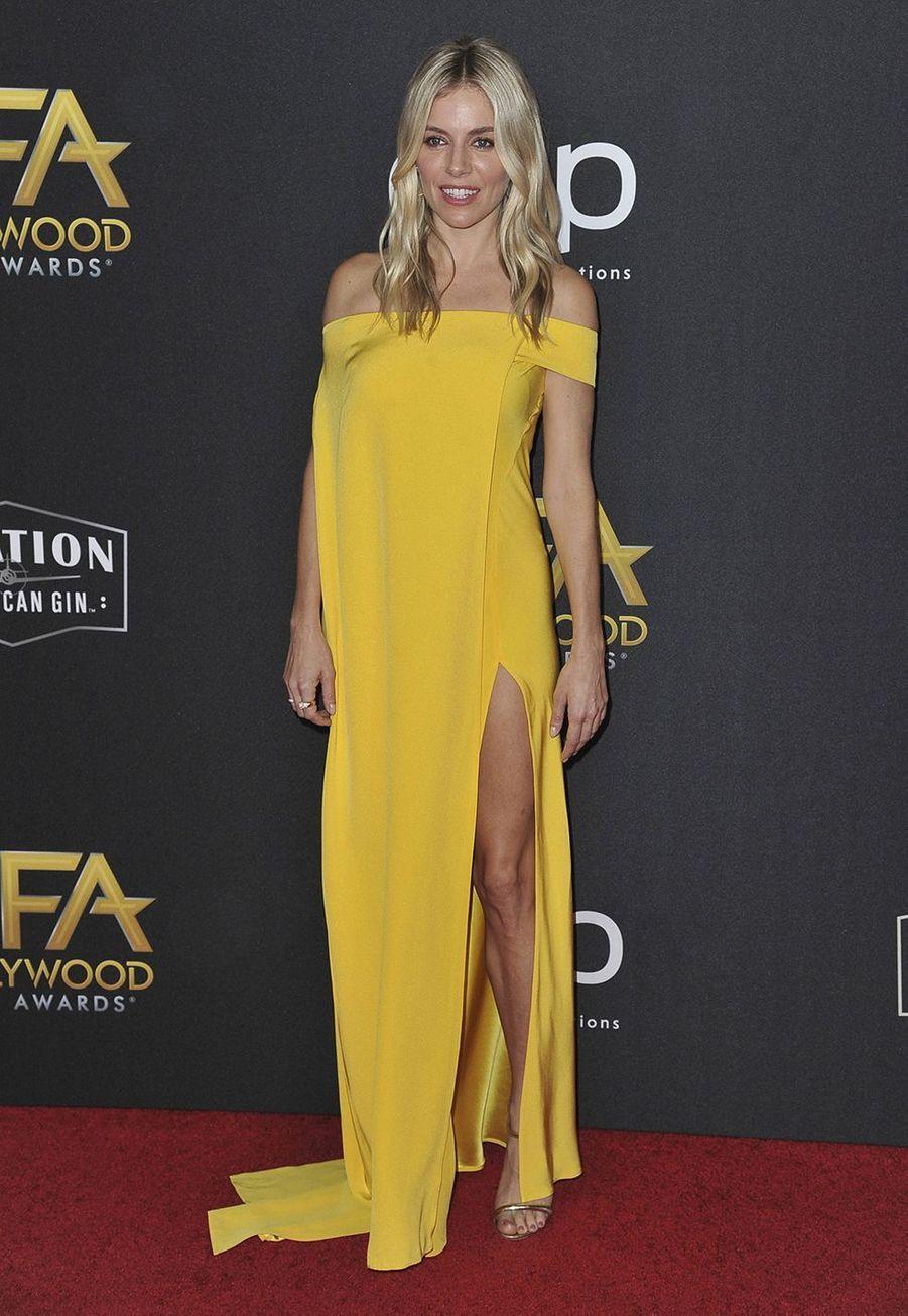 Sienna Millerlors des 23èmeHollywood Film Awards à Beverly Hills, le dimanche 3 novembre 2019.