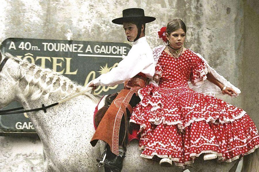 A Saint-Rémy-de-Provence pour ses premiers débuts à cheval en 1996.