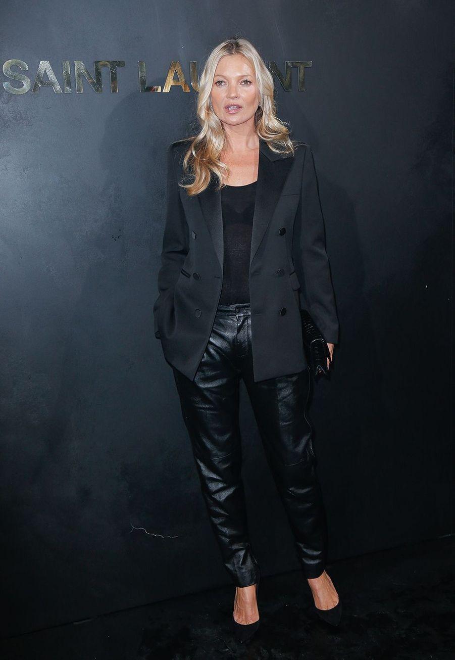 Kate Mossau défilé Saint Laurent à Paris le 24 septembre 2019