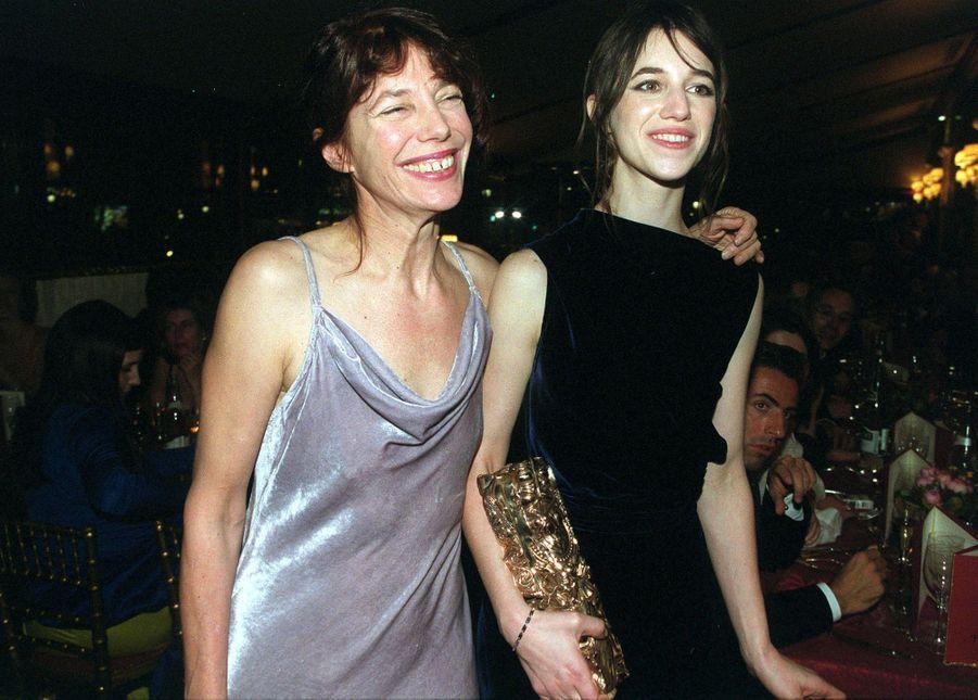 Charlotte Gainsbourg et sa mère Jane Birkin.