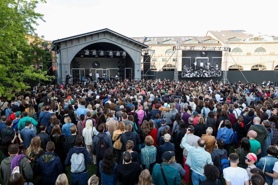 Charlotte Gainsbourg en concert au Mosaic Music 2019 sur à Saint-Pétersbourg, en Russie, le 2 juillet 2019