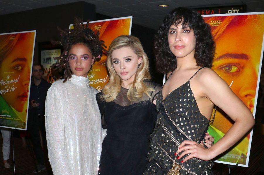 """Chloë Grace Moretz, Sasha Lane et Desiree Akhavan à la première de """"Come as you are"""" à New York le 1er août 2018"""