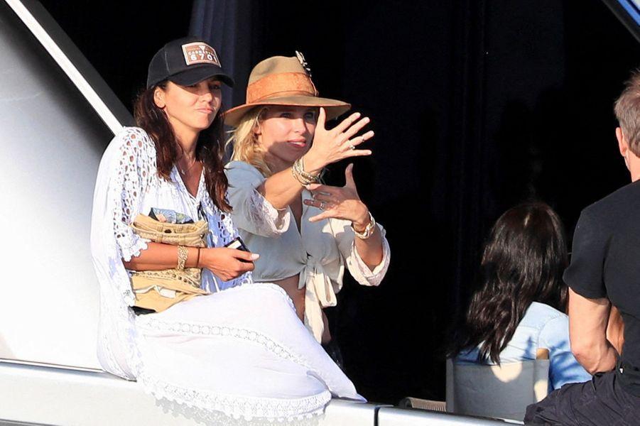Luciana Barroso et Elsa Pataky à Ibiza le 14 juillet 2019