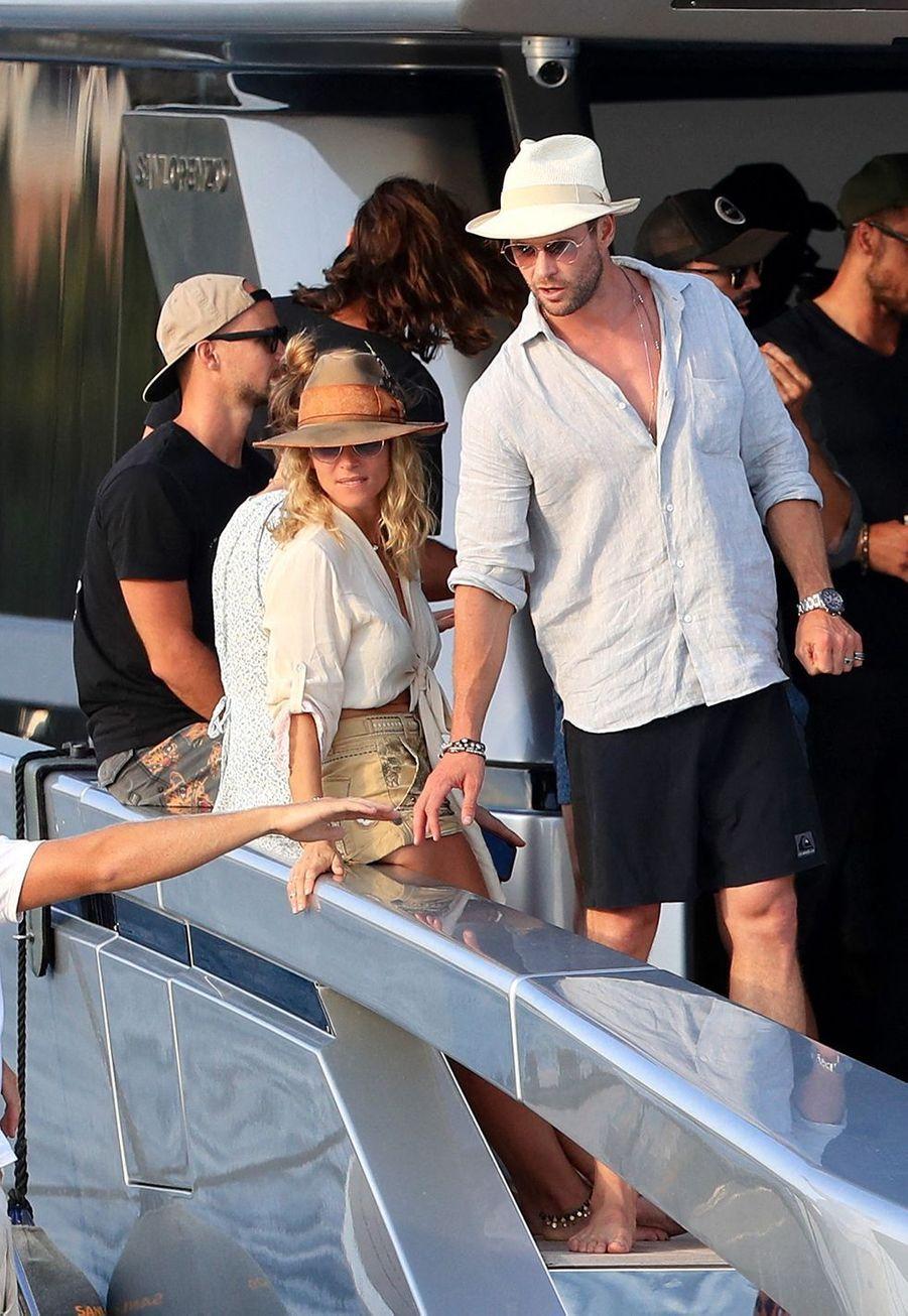 Elsa Pataky etChris Hemsworthà Ibiza le 14 juillet 2019