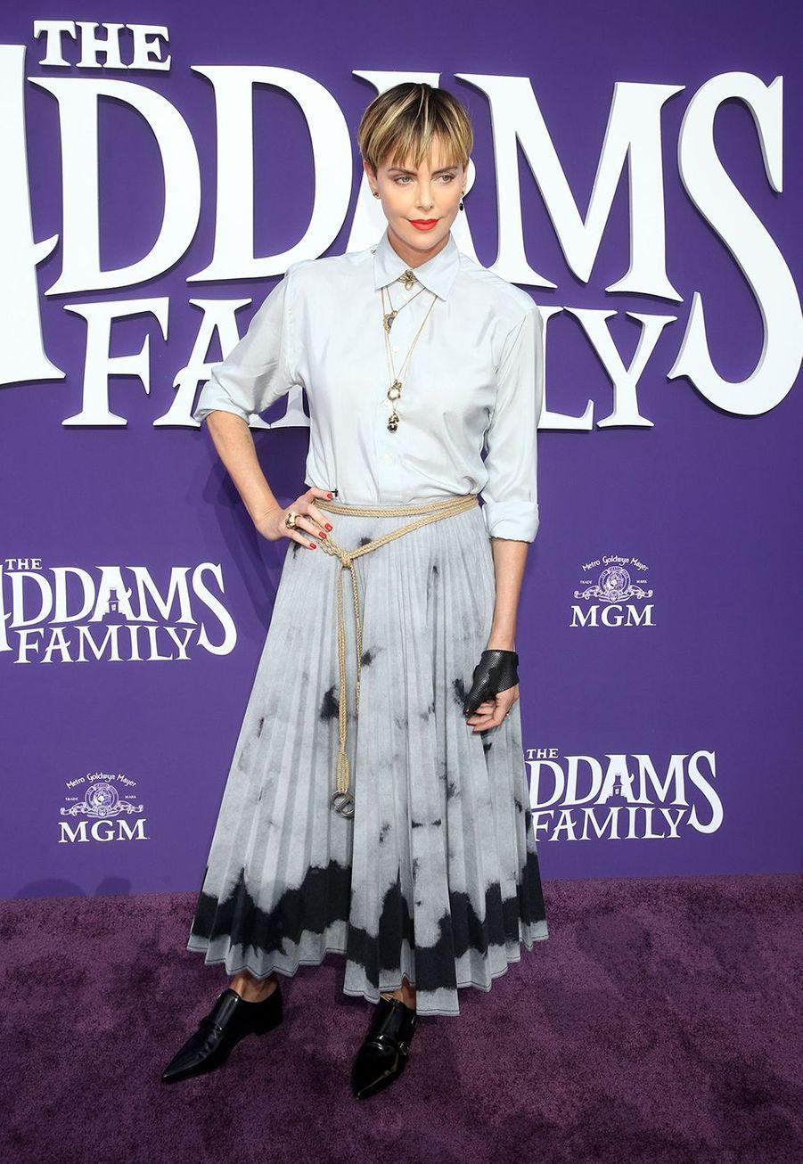 Charlize Theron lors de la première de «La Famille Addams» le 6 octobre 2019 à Los Angeles.