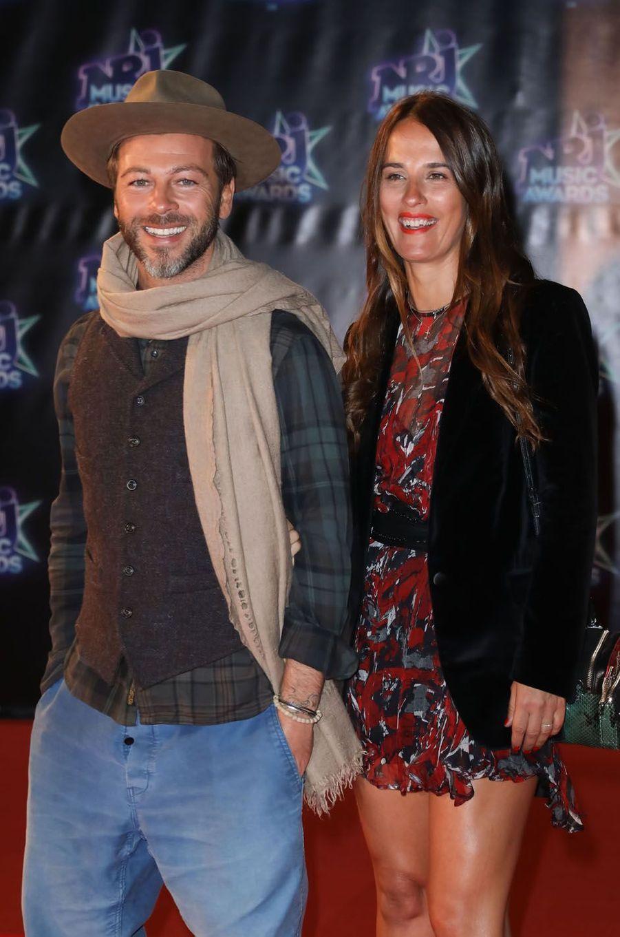 Christophe Maé et sa femme aux NRJ Music Awars à Cannes, en novembre 2015.