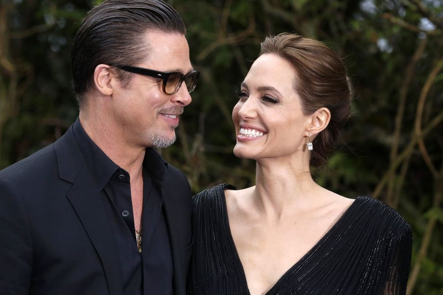 """Angelina Jolie et Brad Pitt à l'AVP de """"Maléfique"""" à Londres en mai 2014."""
