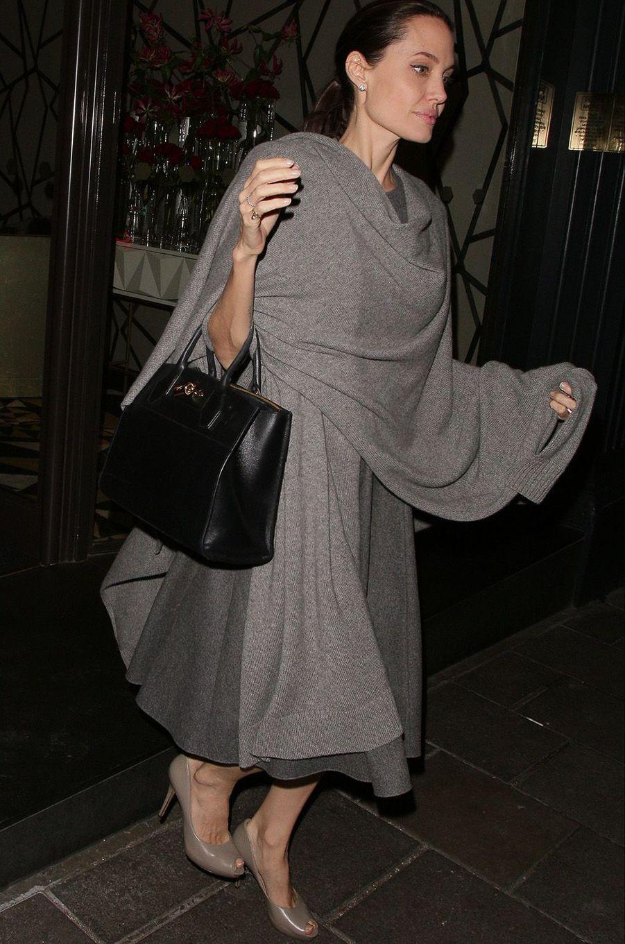 Angelina Jolie à Londres, le 25 avril 2016