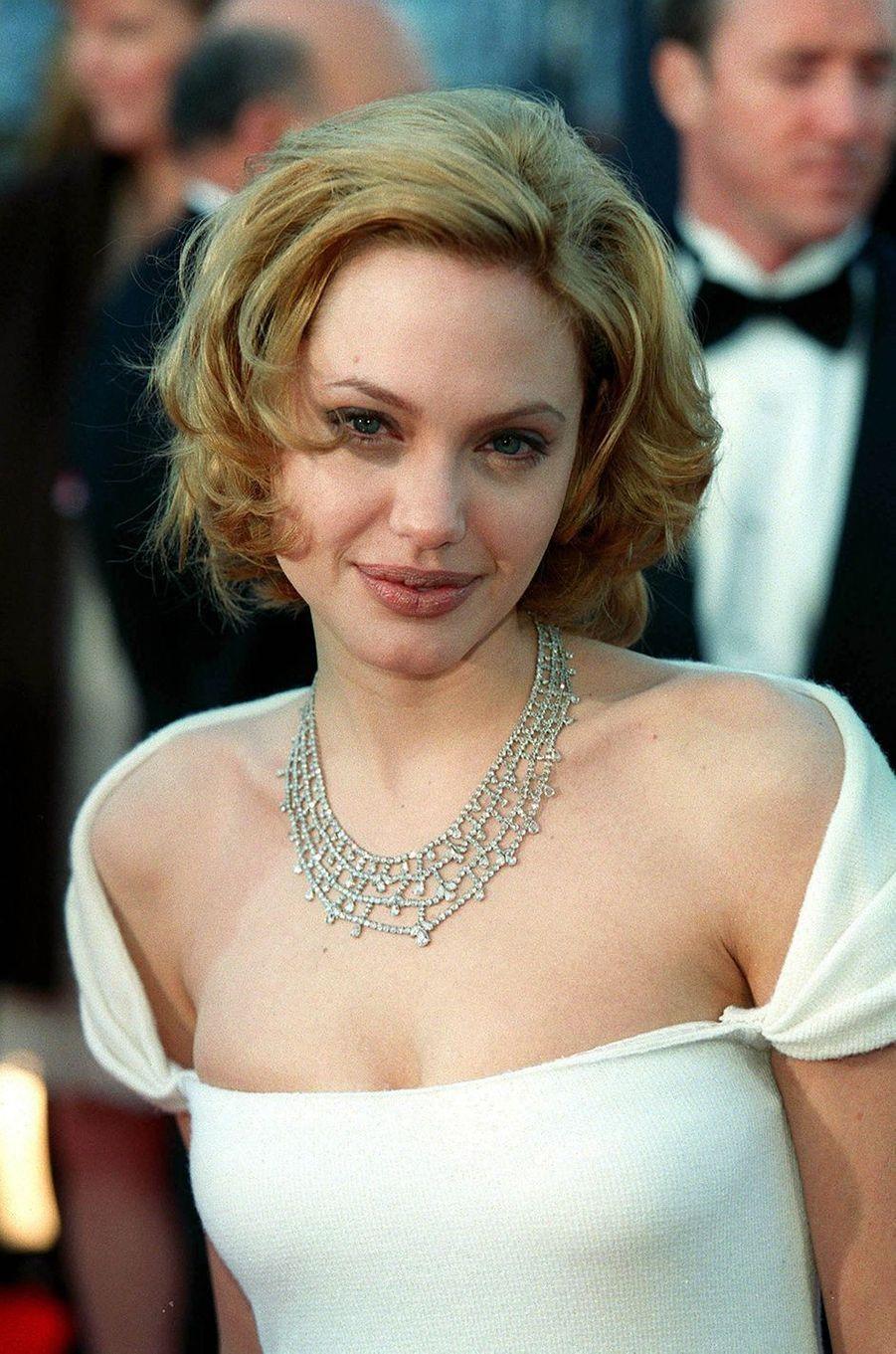 Angelina Jolie en 1999