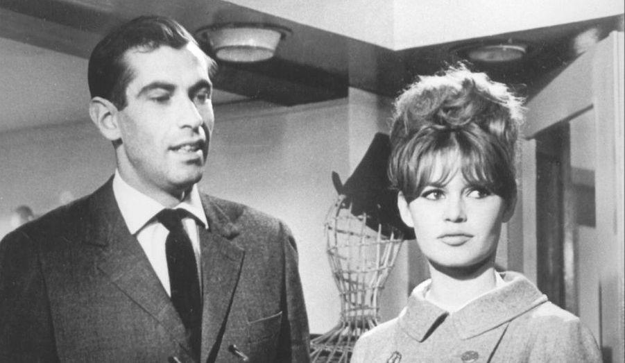 Le milliardaire Gunter Sachs, troisième mari de Brigide Bardot, s'est suicidé dimanche 8 mai dans son chalet de Gstaad, en Suisse. Retour en images sur les hommes qui ont partagé la vie de BB. A 18 ans, elle a épousé Roger Vadim. Le couple divorcera cinq ans plus tard.