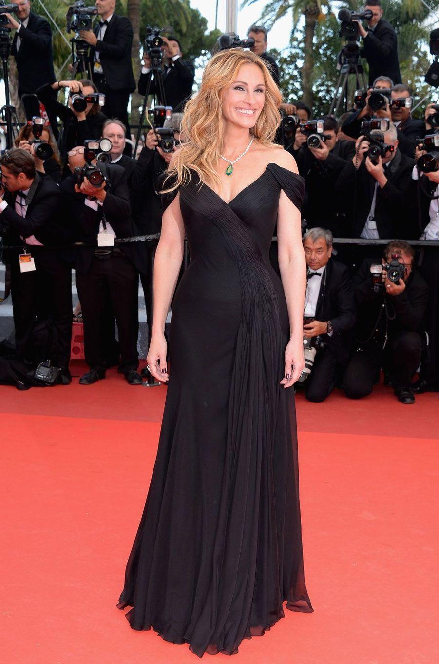 Julia Roberts pour sa toute première montée des marches à Cannes