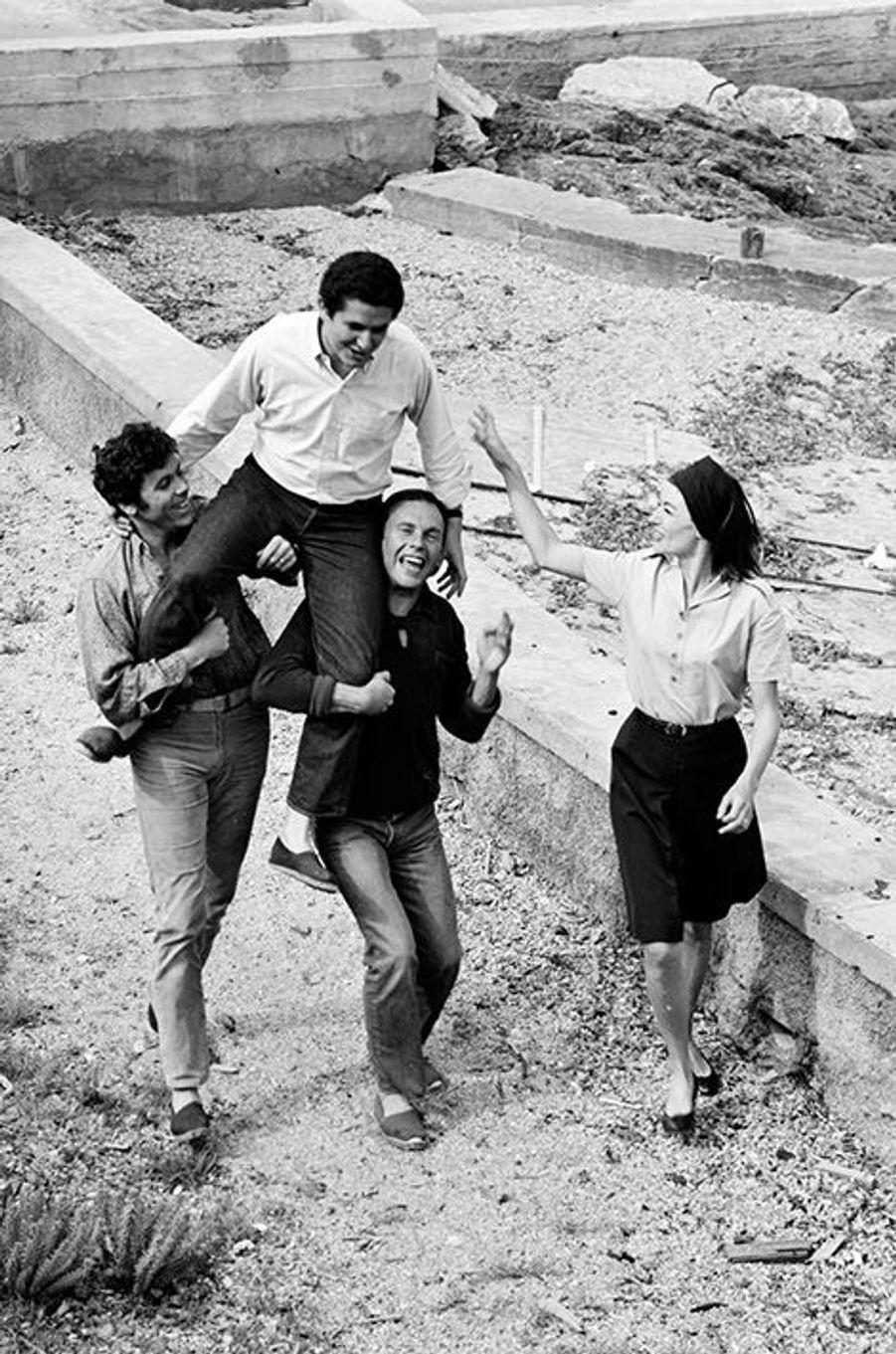 L'équipe d'«Un homme et une femme» vient d'apprendre qu'elle a remporté la Palme d'or, mai 1966