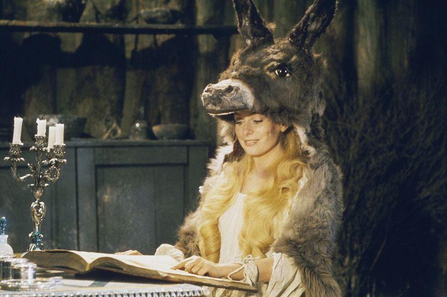 "Catherine Deneuve dans ""Peau d'Âne"", sorti en 1970"