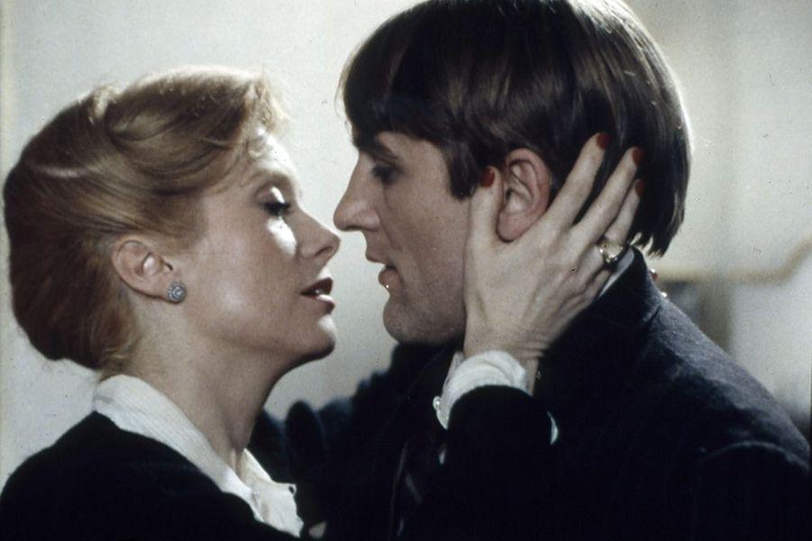 """Catherine Deneuve et Gérard Depardieu dans """"Le dernier métro"""", sorti en 1980"""