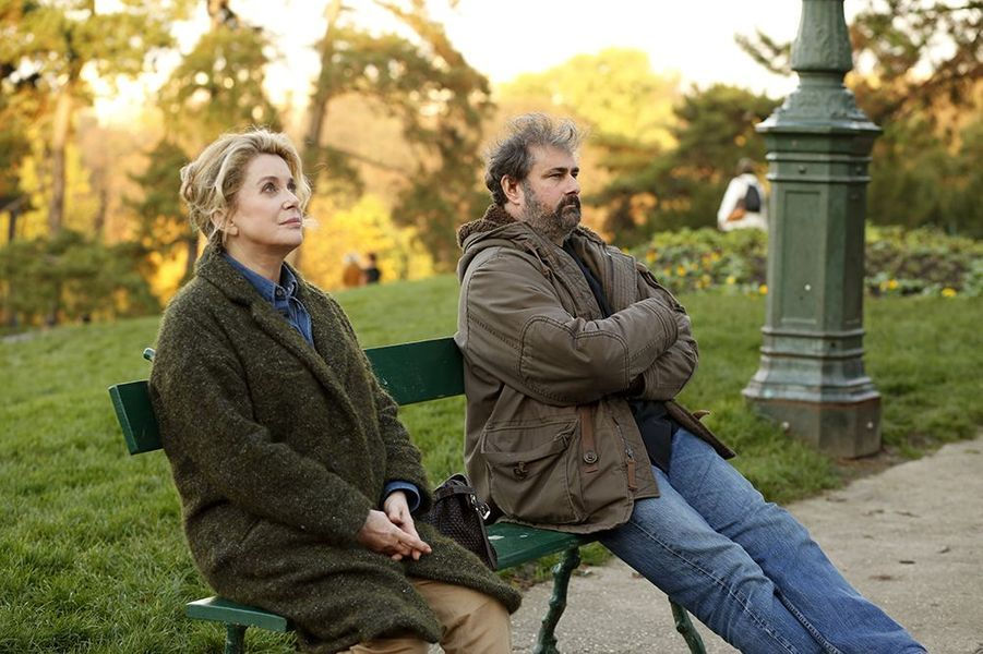 """Catherine Deneuve et Gustave Kervern dans """"Dans la cour"""", sorti en 2014"""