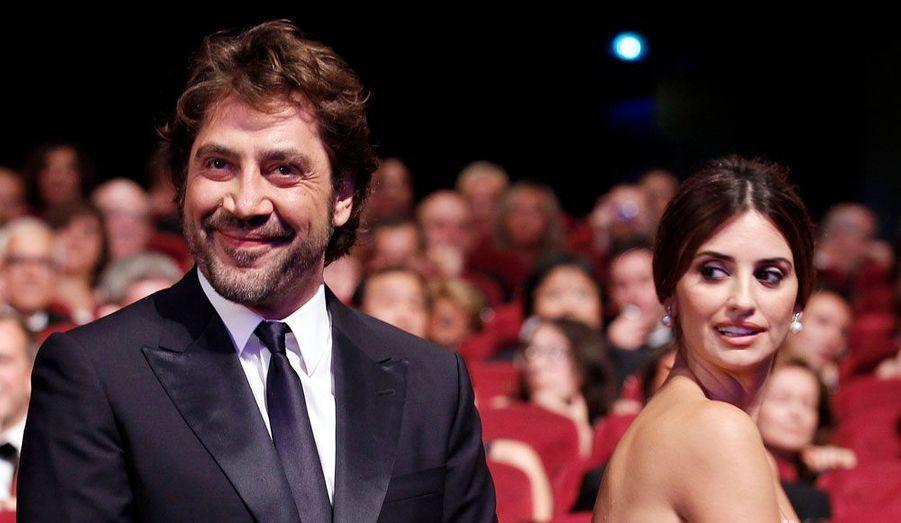 Le discret duo s'est marié en juillet 2010, lors d'une cérémonie intimiste aux Bahamas, après trois ans de vie commune. L'actrice espagnole a donné naissance à Leo, leur premier enfant, en 2011.