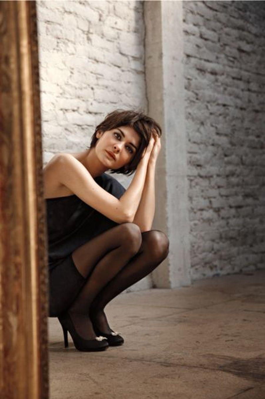 Image de Chanel pour la prochaine campagne de l'ensorcelant No 5. Un instant d'abandon pendant le tournage du clip, réalisé en deux versions, sans paroles.
