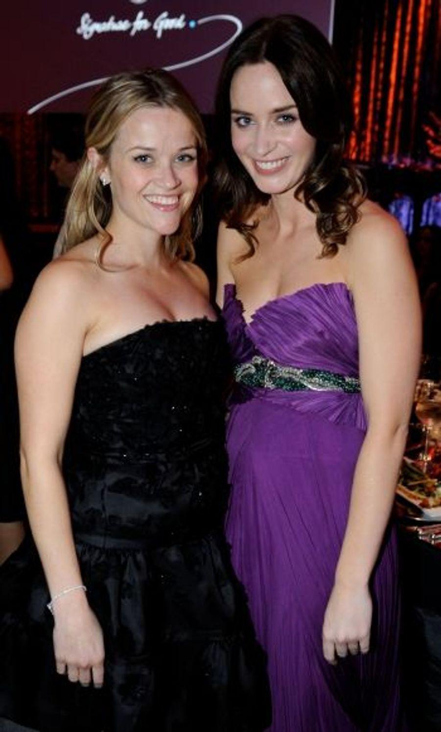 Un nouveau challenge pour Emily Blunt (ici avec Reese Witherspoon): incarner une princesse lilliputienne dans « Les voyages de Gulliver ».
