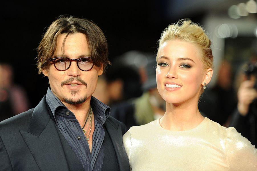 Amber Heard et Johnny Depp à Londres, en novembre 2011