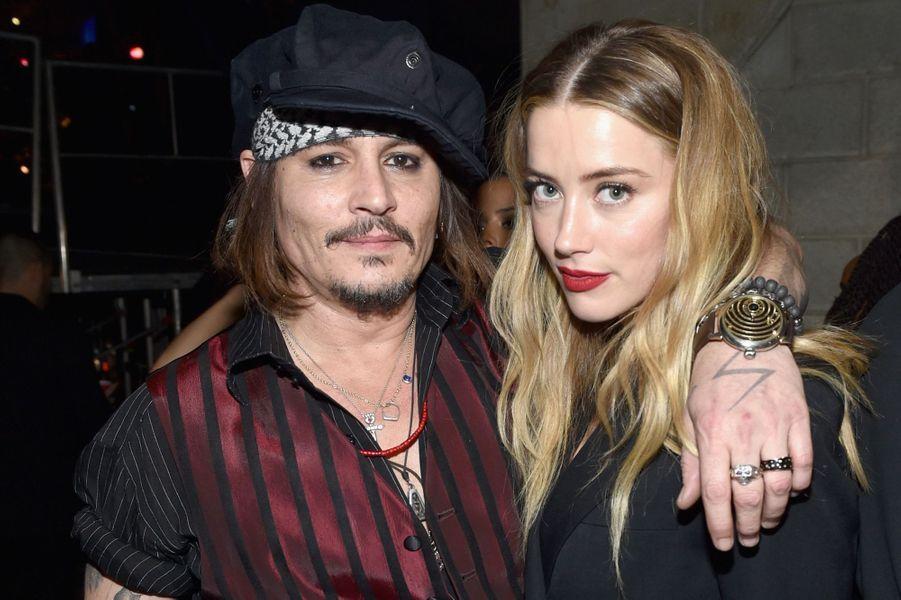 Amber Heard et Johnny Depp à Los Angeles, en février 2016