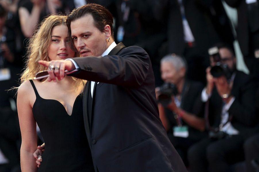 Amber Heard et Johnny Depp à Venise, en septembre 2015