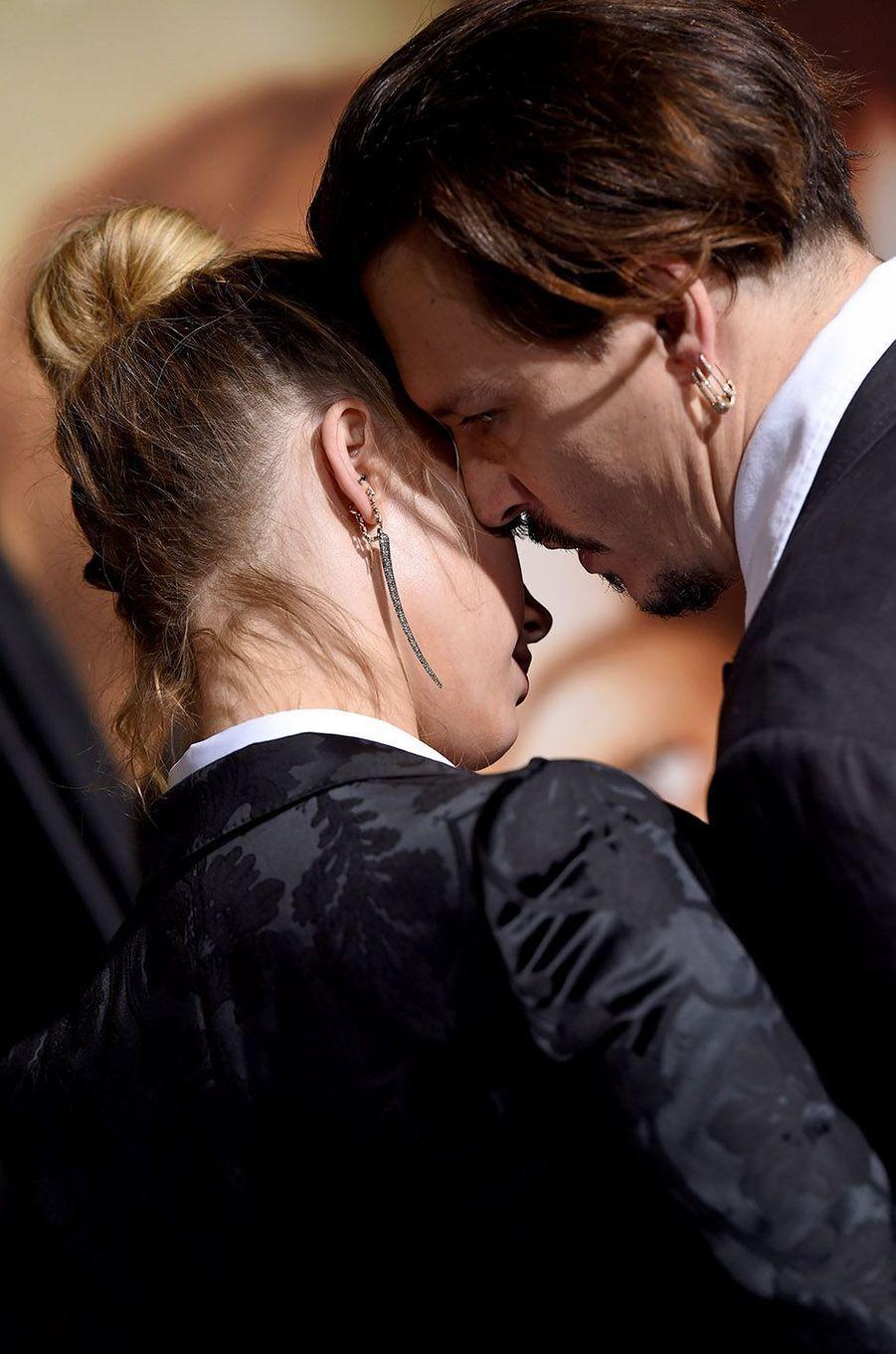 Amber Heard et Johnny Depp en novembre 2015