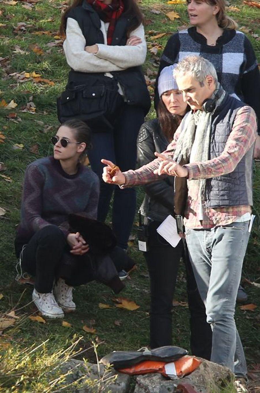 Kristen Stewart et Olivier Assayas à Paris le 30 octobre 2015