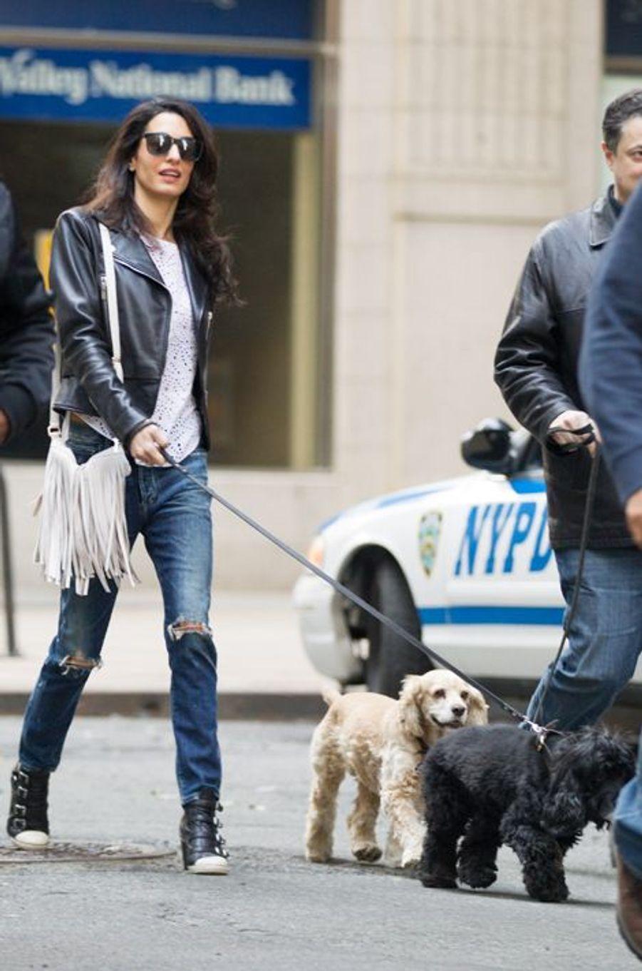 Amal Clooney à New York le 12 avril 2015