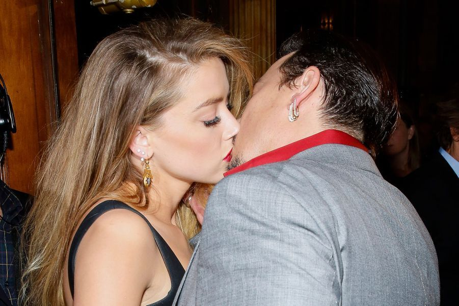 Amber Heard et Johnny Depp à Toronto le 14 septembre 2015