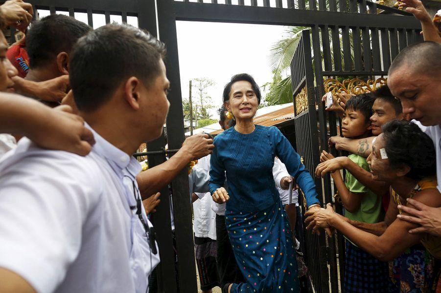 Aung San Suu Kyi à Rangoun le 1er août 2015