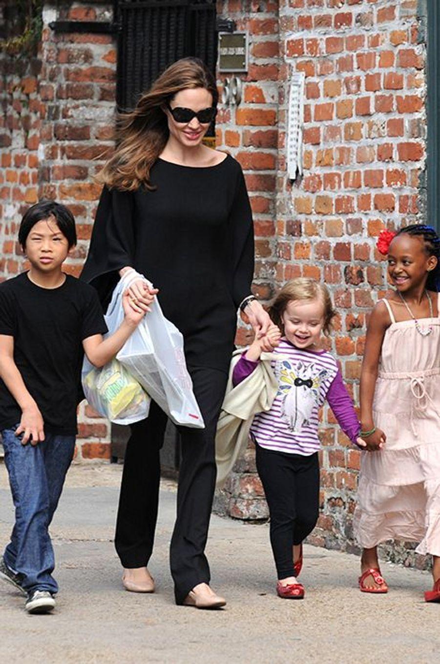 Avec Zahara, Vivienne et Pax dans les rues de la Nouvelle-Orléans en mars 2012