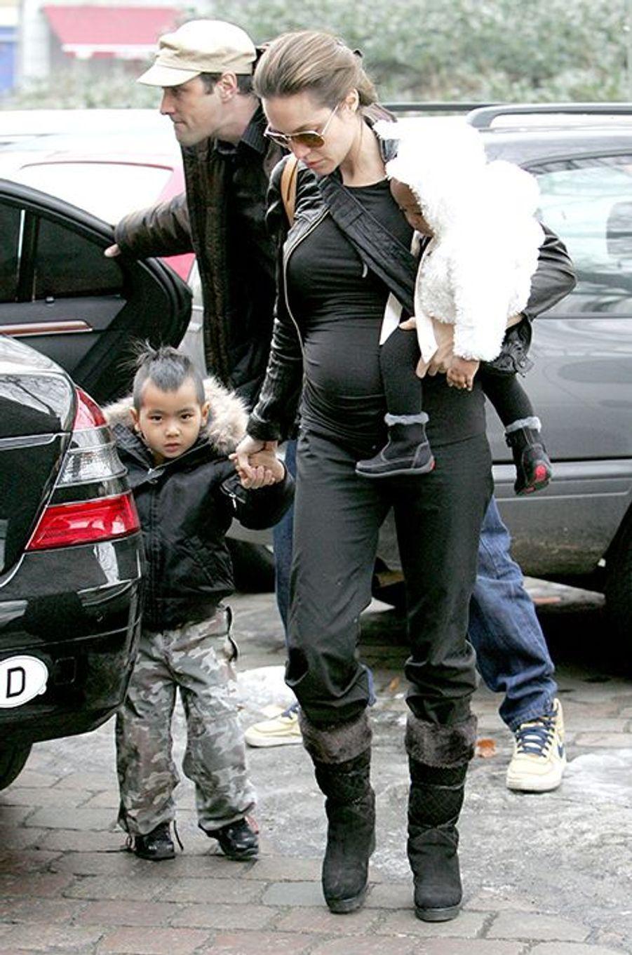 En février 2006, à Berlin. Angelina Jolie était enceinte de Shiloh