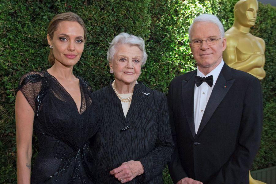 """L'actrice anglaise Angela Lansbury et l'acteur américain Steve Martin ont également été honorés. Angela Lansbury a été nommée 3 fois aux Oscars, pour """"Hantise"""" de George Cukor, """"Le Portrait de Dorian Gray"""" de Albert Lewin et """"Un crime dans la tête"""" de John Frankenheimer."""