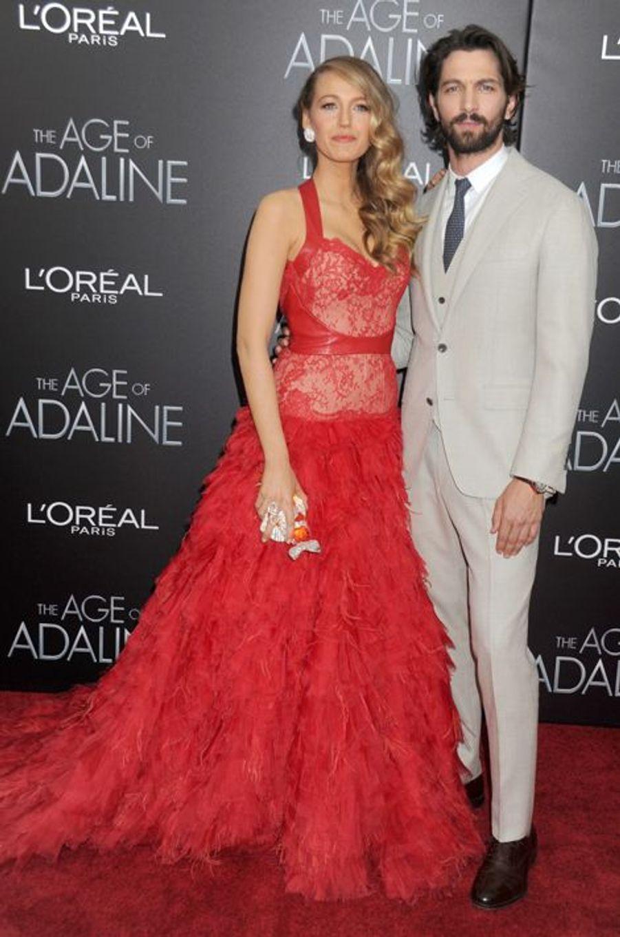 Blake Lively et sa co-star, l'acteur Michiel Huisman, à New York le 19 avril 2015