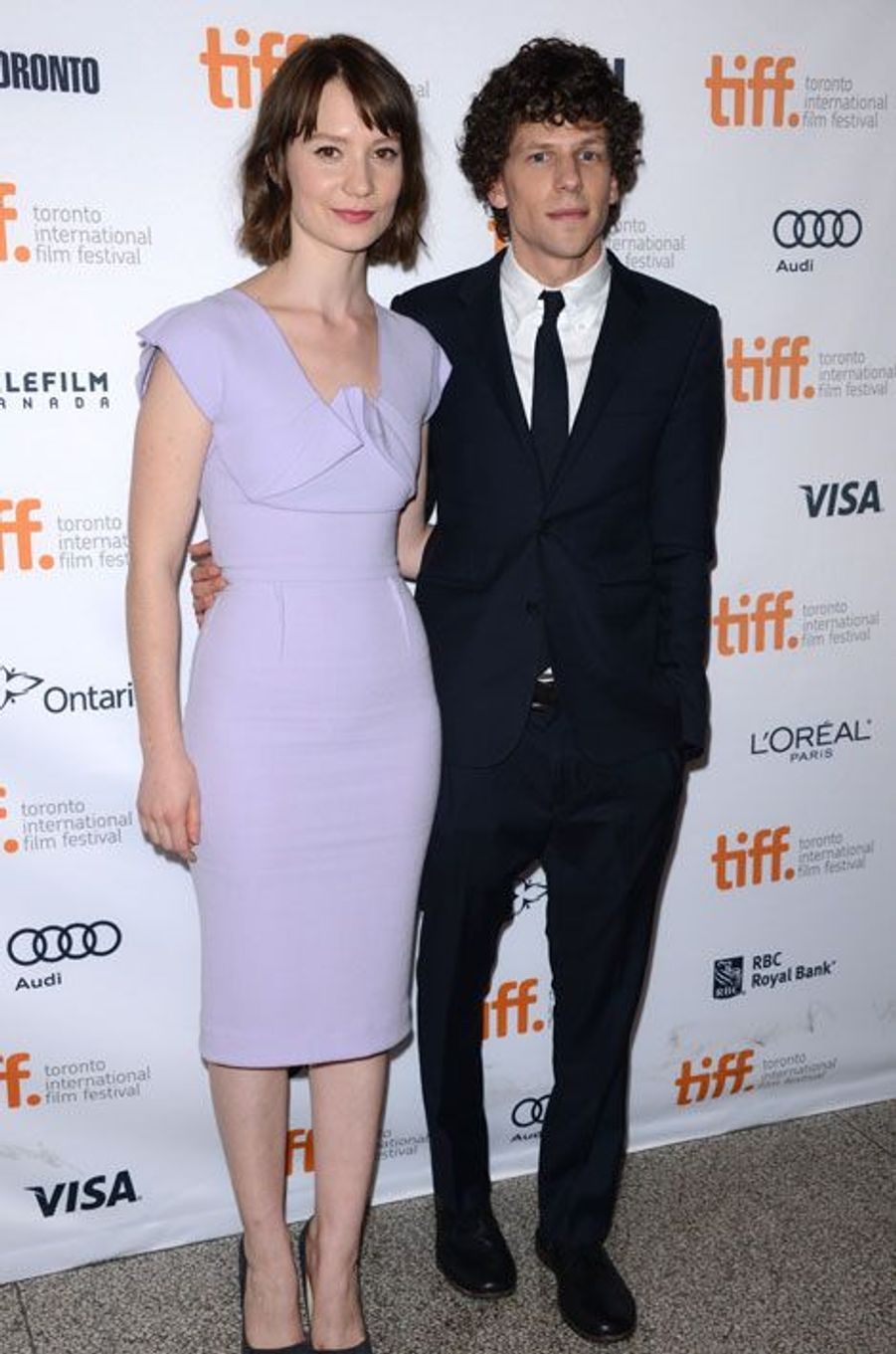 Jesse Eisenberg(The Social Network) et Mia Wasikowska (Alice au pays des merveilles)