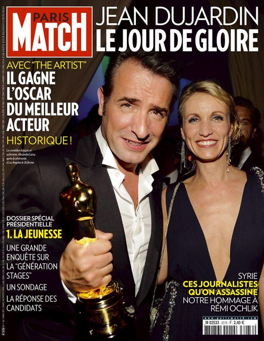 """En Une de Paris Match : """"Le jour de gloire"""" pour Jean Dujardin, mars 2012"""