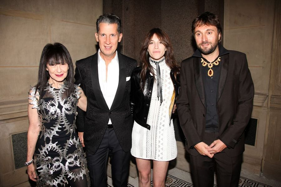 RoseLee Goldberg, Stefano Tonchi, Charlotte Gainsbourg et Francesco Vezzoli à New York le 4 novembre 2014