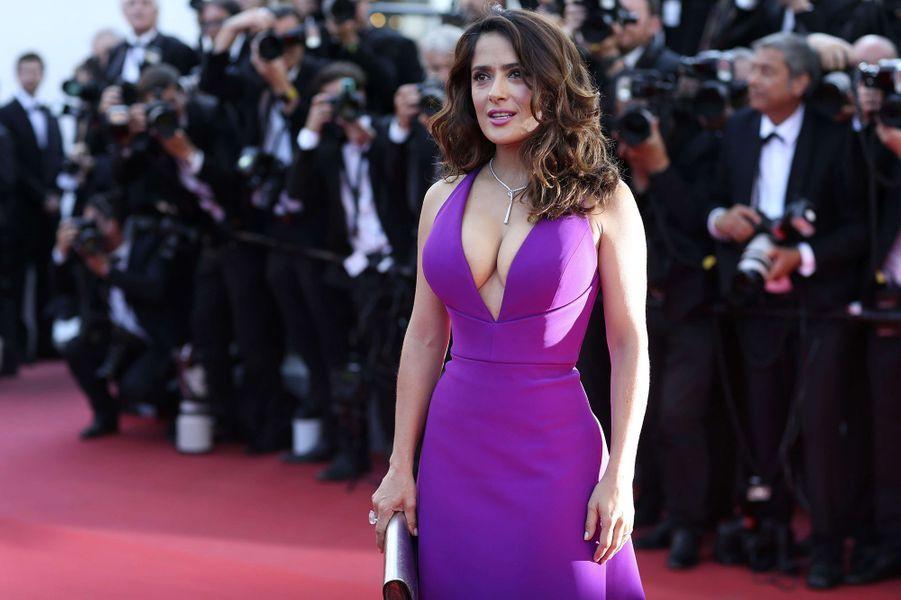 Salma Hayek à Cannes le 17 mai 2015