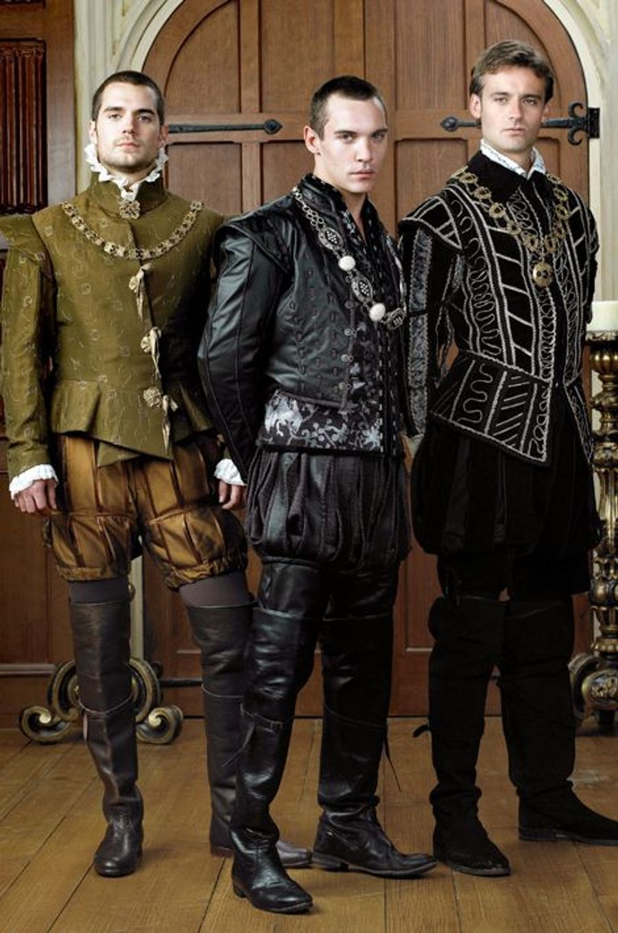"Henry Cavill dans la série ""Les Tudors"""
