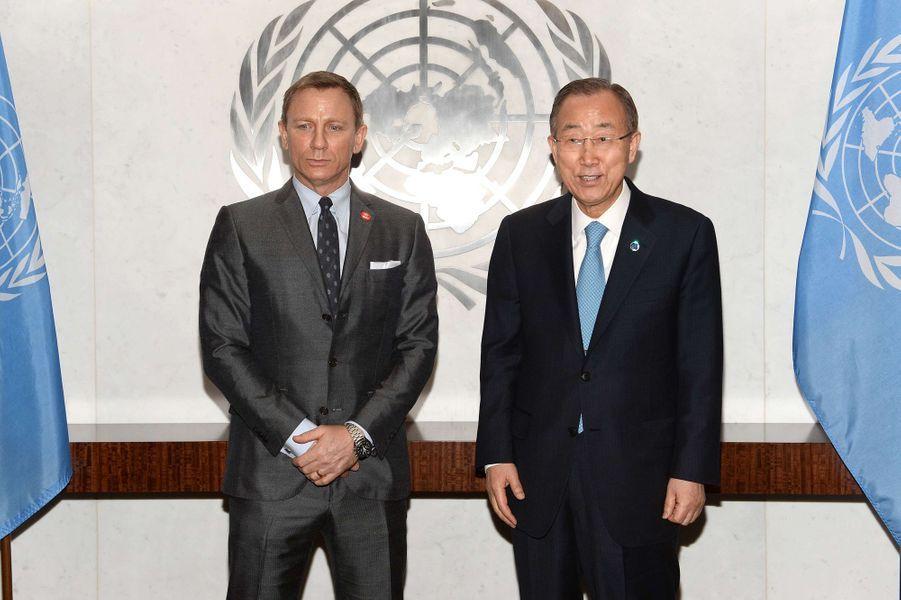 Daniel Craig et Ban Ki-moon à New York le 14 avril 2015