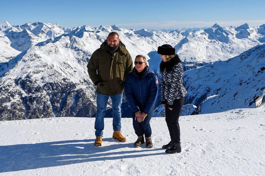 Le casting du prochain James Bond pose tout sourire en Autriche